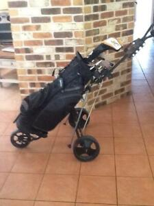 GOLF CLUBS BAG AND BUGGY