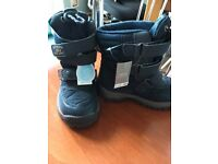 Next winter/snow boots size 8