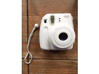 Fujifilm Instax Mini 8 White Polaroid