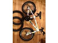 Child's Frog 48 bike, multi-coloured spots, hardly used and in vgc, with 2spare unused tyres