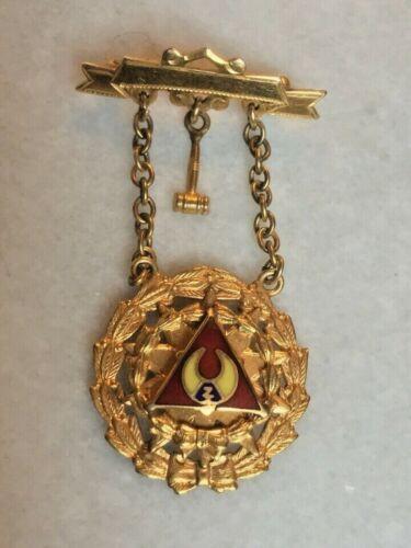 YELLOW GOLD & ENAMEL FRATERNAL MASONIC JEWEL MEDAL REGALIA