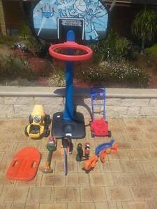 $20 The lot OUTDOOR TOY BUNDLE Halls Head Mandurah Area Preview