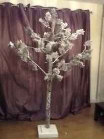 Artificial Modern Christmas Tree