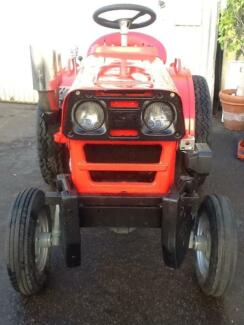SATOH COMPACT TRACTOR