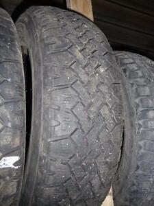 4 pneus d'hivers 195/70/14 Wintermark Magnagrip