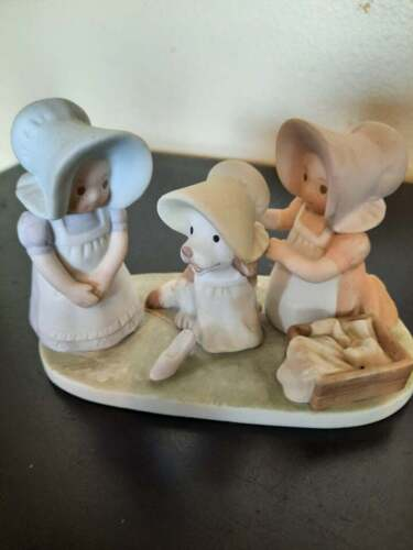 """1992 Homco Circle of Friends by Masterpiece """"Hopscotch"""" figurine"""