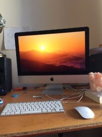 iMac for Sale, price negotiable. 21.5 inches. 1TB 2015