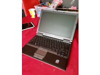 Dell Latitude D420 2gb RAM laptop, WIFI windows 10