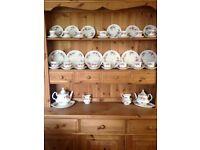 Royal Albert tea set 'Lavender Rose' 50+ pieces