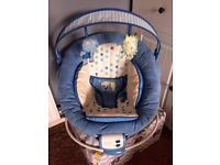Baby vibrating music chair