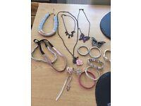 Jewellery bundle £5