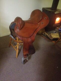Horse lines swinging fender stock saddle Catani Cardinia Area Preview