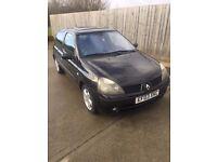 Black Renault Clio Billabong 2003