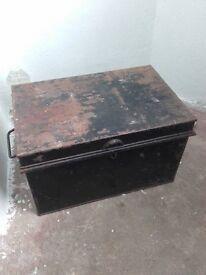 metal tool box trunk
