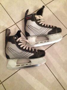 Adult Skates Sz 5