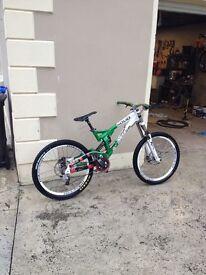Solid mission 9 downhill bike