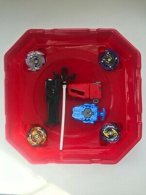 Bey Battle Blade - Set Includes 1 Big Stadium, 4 Spinning tops, 2 launchers