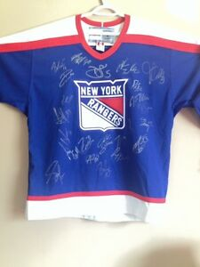 2003 Authentic New York Rangers Team Signed Jersey