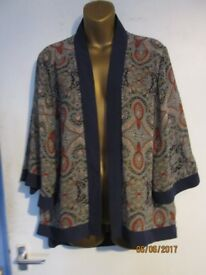 NAVY PATTERNED KIMONO TYPE JACKET SIZE 16 BY PAPAYA GREAT FOR SUMMER