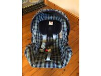 Britax Rock A Tot Baby Carrier Car Seat - From Birth to 9+months
