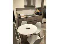 1 bedroom free in a shared student 3-bed house