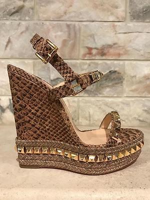 NIB Christian Louboutin Cataclou 140 Gold Nude Snake Stud Wedge Sandal Heel 39