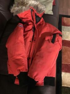 AUTHENTIC YOUTH MEDIUM KIDS CANADA GOOSE BOMBER JACKET RED