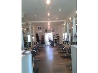Rent a chair Hairdresser/Barber & Beauty Room available