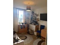 ONE BED FLAT near Brighton Station. Comes furnished and includes Council Tax and Water