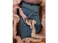 Doc Marten Pebble - Size 5 - Blue - Like new