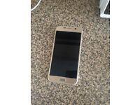 Water damaged Samsung s6 won't turn on!
