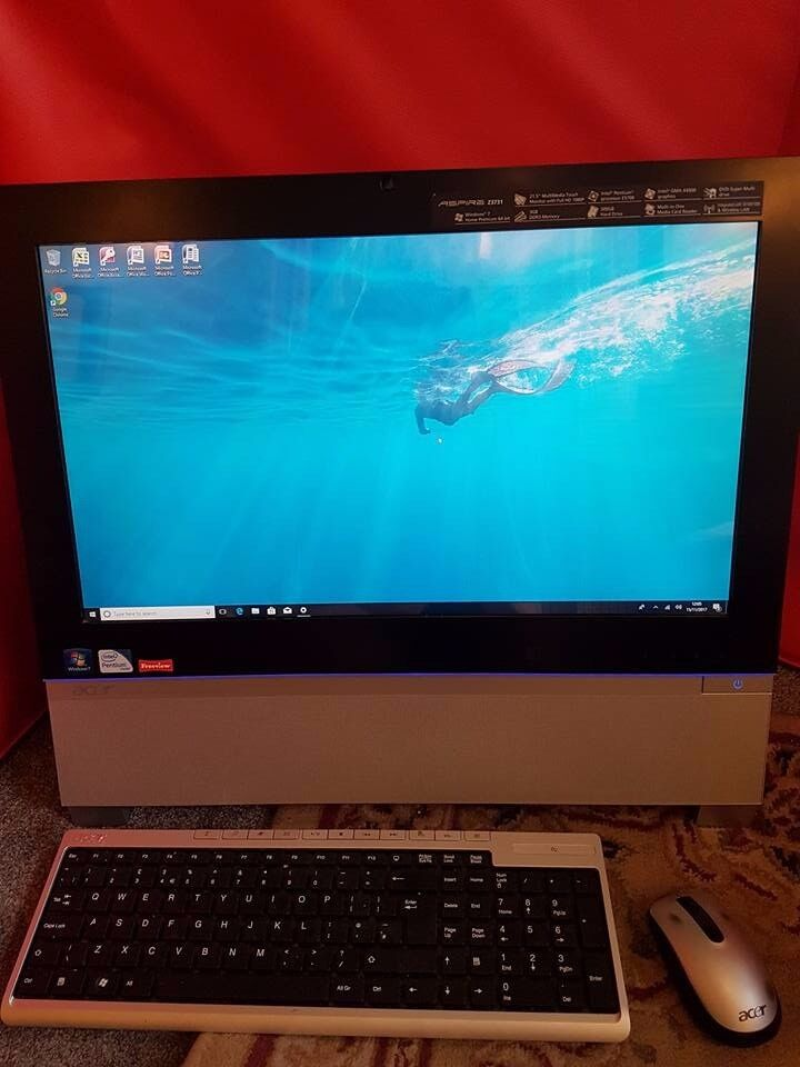ACER ALL IN ONE TOUCHSCREEN COMPUTER AND TV . ideal present
