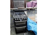 Gas Cooker with 2 ovens