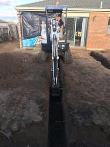 Excavator and front end loader mini digging