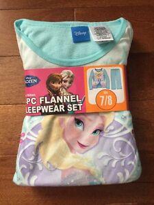 NEW size 7-8 Girls Frozen pyjamas