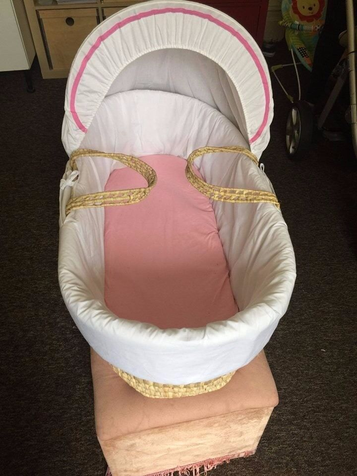 Mose s basket for infant like new