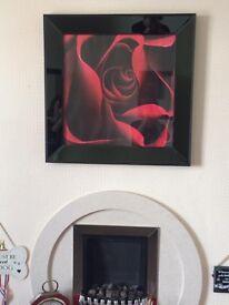 Black & red Print in high gloss black frame