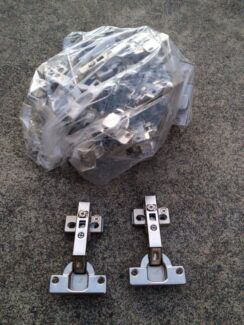 Kitchen cabinet hinges - GOOD CONDITION