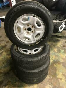 TOYOTA TACOMA WINTER SNOW TIRES & RIMS 215 70R 15 MICHELIN X ICE Xi3 5X114.3 BOLT IN GREAT CONDITION