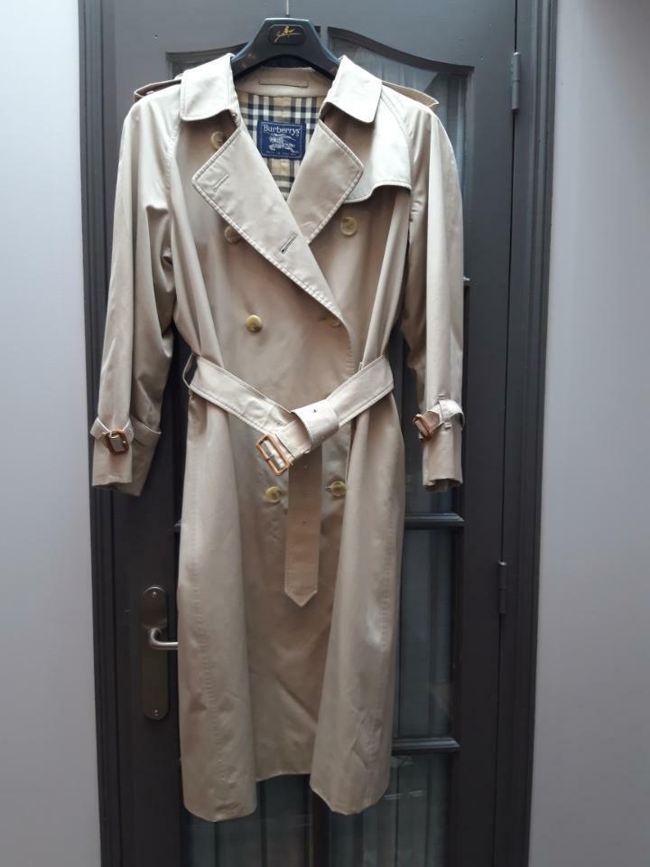 Trench coat  burberrys  femme taille 44(fr) 16(uk)