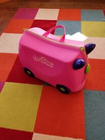 pink trunki without carry strap as seen in pics collect or deliver Stonehaven