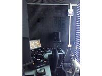 CDJ 1000 MK3 + TRAKTOR Z2 mixer + JBL active studio speakers & much more!!