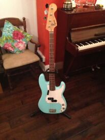 "Squier ""Affinity"" Precision Bass"
