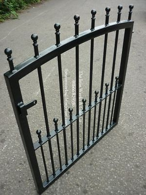 MANOR HEAVY DUTY GARDEN METAL GATE 46