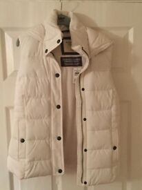 Abercrombie and Fitch white gilet size Small brand new with tags