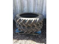Tractor tyres 13.6 R38