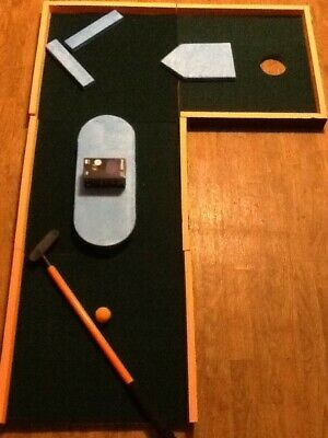 4 Panel Black light Miniature Golf With Motorized Spinner , putter and ball