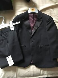 4 boys suits size age 3,4,5 years three brand new with tags 4th worn once to a wedding