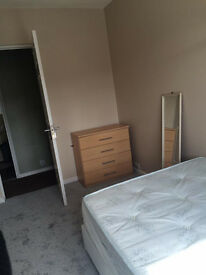 Double Bedroom to rent til September - Bills and wifi included!!