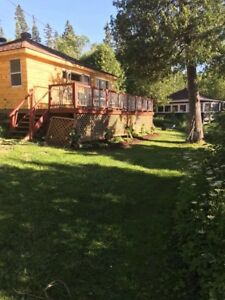Waterfront cottage for rent, Lac Bernard, 2bdr, sleeps 6